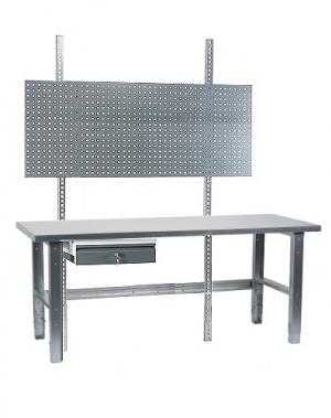 Töölaud 1500x800 + sahtli, perfoseina ja tsingitud jalgadega