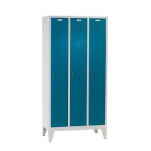 3 door locker with legs 1850x900x500