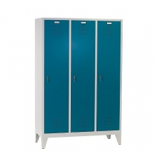 3 door locker with legs 1850x1200x500